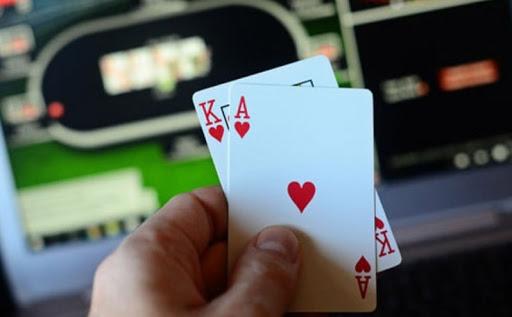 Poker Online Terbaik Keputusan Yang Tepat Untuk Bermain